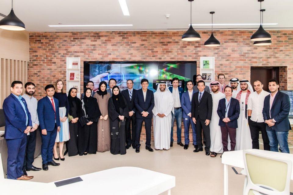 اتصالات الإمارات تختار 4 شركات ناشئة لتطوير حلول الذكاء الاصطناعي والبلوك تشين
