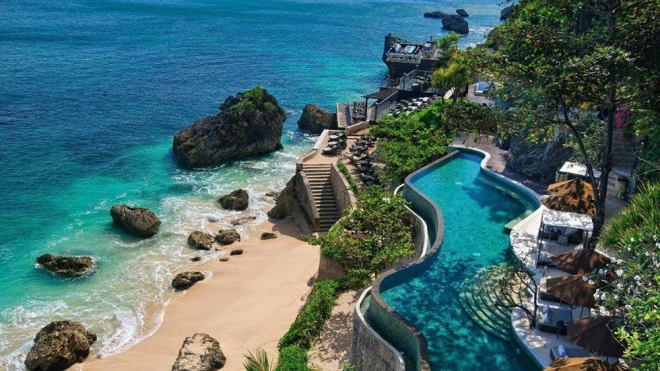 بالصور : إندونيسيا تتصدر قائمة البلدان الأكثر استرخاءً في العالم