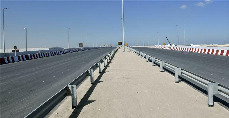 طرق دبي تفتتح جسراً رئيساً على تقاطع شارعي إكسبو والأصايل