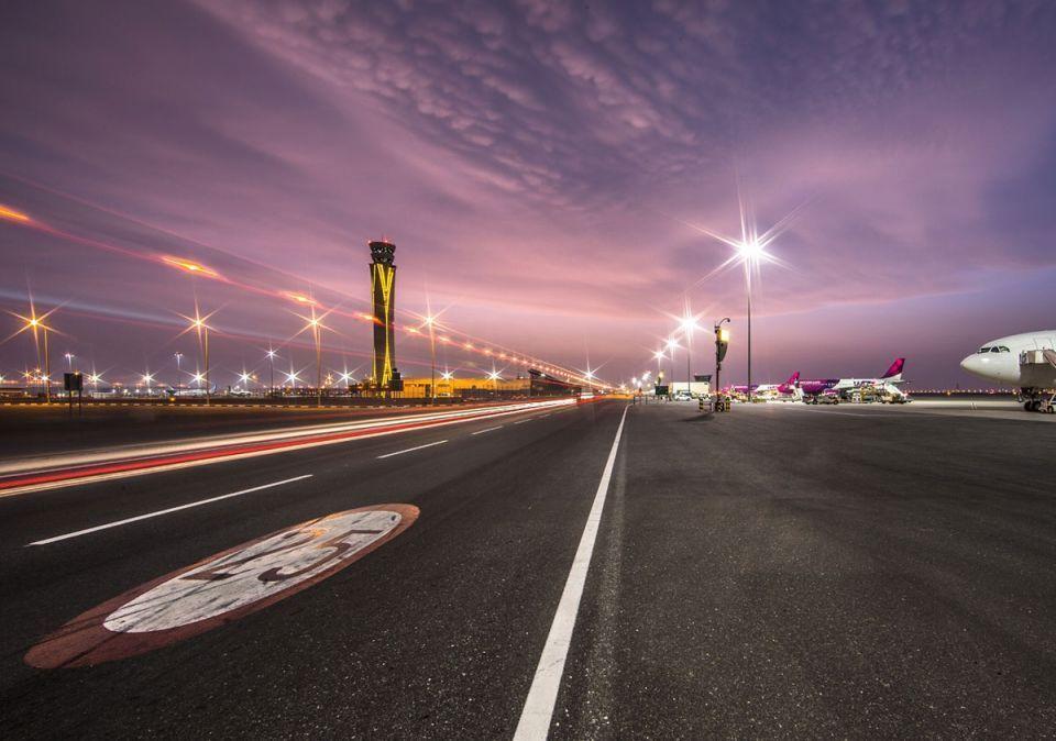 تعرف على التغيرات الطارئة مع إغلاق المدرج الجنوبي في مطار دبي الدولي لتجديده