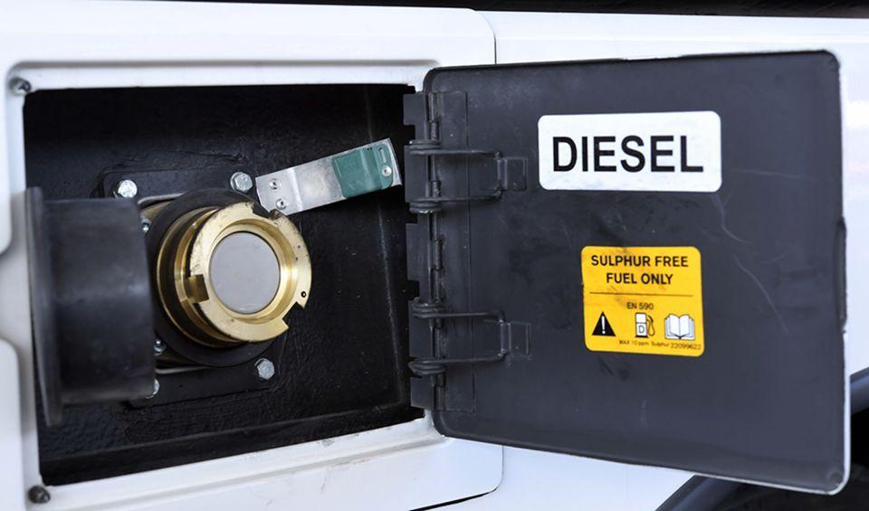 تقنية تحديد الهوية بموجات الراديو  لمتابعة استهلاك الوقود في حافلات دبي