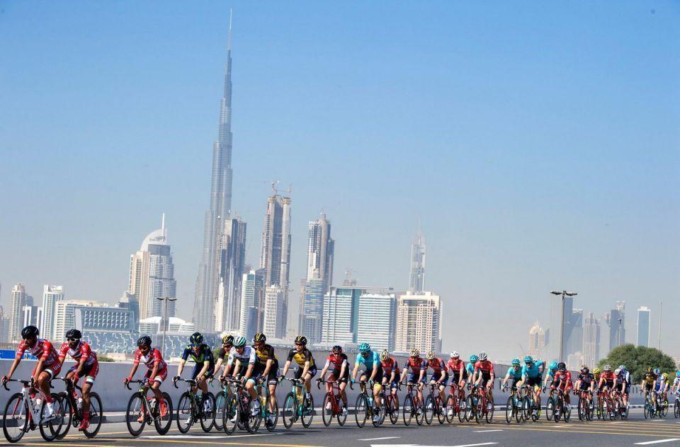 20 فريقا عالميا في منافسات طواف الإمارات بعد غد الأحد
