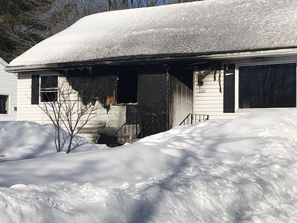 مجددا.. حريق بمنزل عائلة سورية في كندا ونجاة أفراد الأسرة الثمان