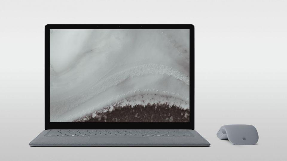 مايكروسوفت تكشف النقاب عن 3 أجهزة جديدة من سيرفس