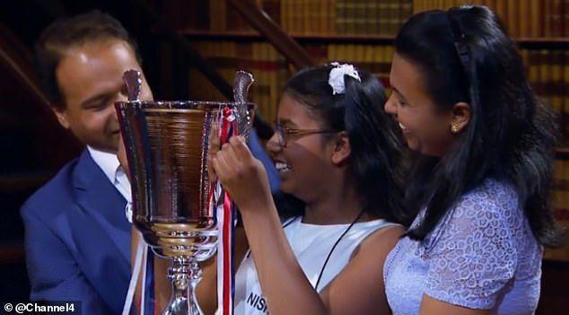 فتاة لعائلة سيريلانكية تفوز بلقب أذكى طفل