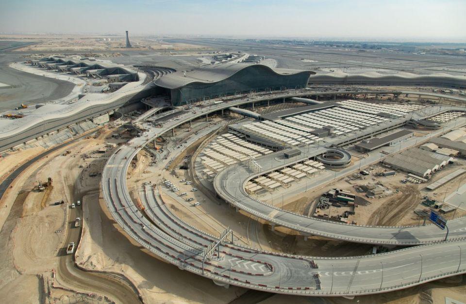الأعمال الإنشائية لمبنى مطار أبوظبي الجديد تشارف على الانتهاء