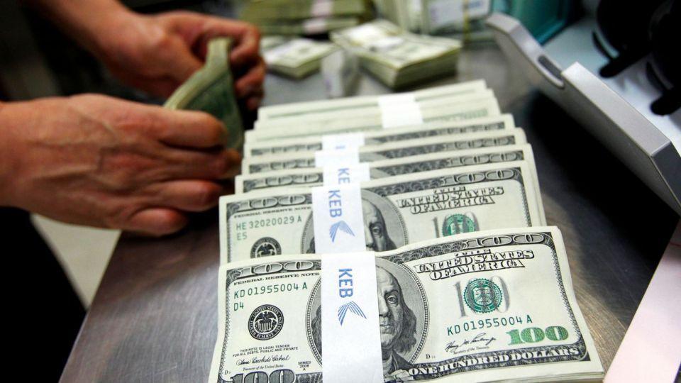 احتياطي مصر من النقد الأجنبي يرتفع إلى 44 مليار دولار