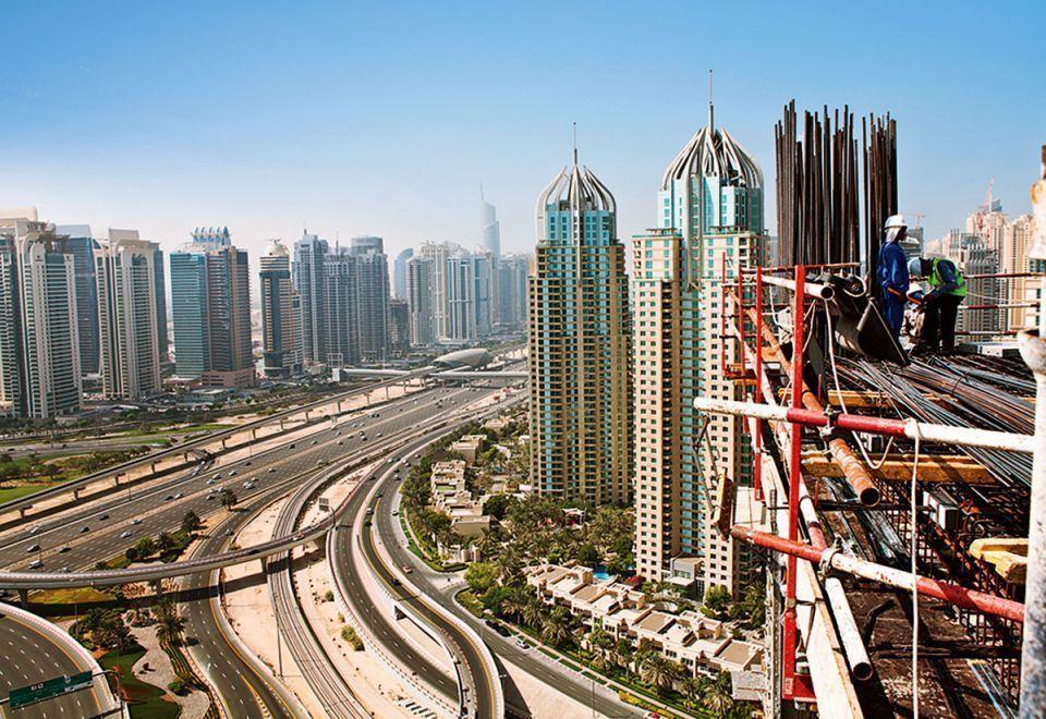 إصدار صكوك ملكية للعقارات في دبي قبل سداد كامل القيمة