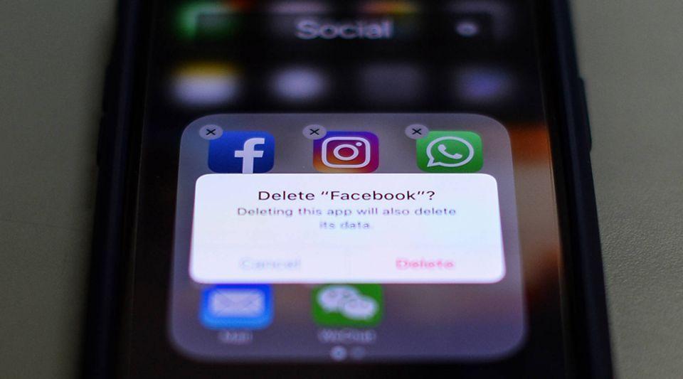 خسارة 15 مليون مشترك في فيسبوك