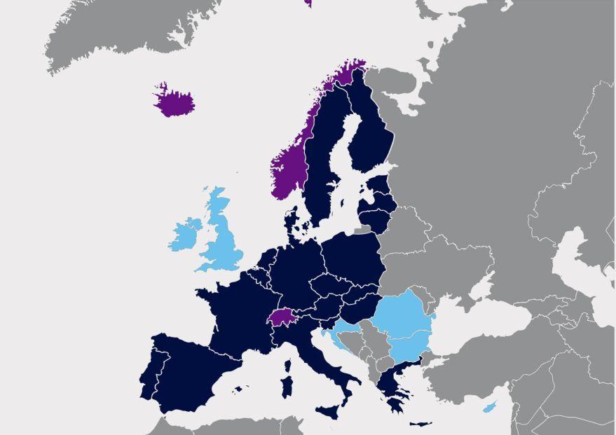 حملة جواز السفر الأمريكي والكندي و60 جنسية أخرى سيحتاجون لتأشيرة لدخول أوروبا