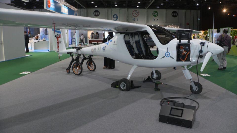 الإمارات تسمح للسكان بالطيران والتحليق بطائرات كهربائية