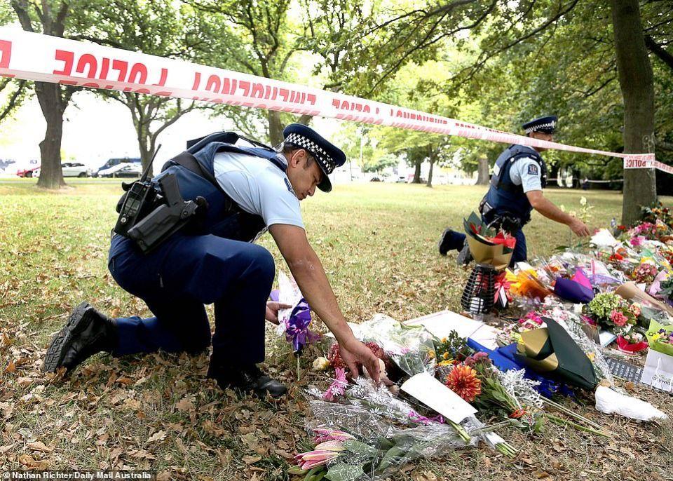 بالصور : نيوزيلندا تبدأ بتوديع ضحايا مذبحة المسجدين