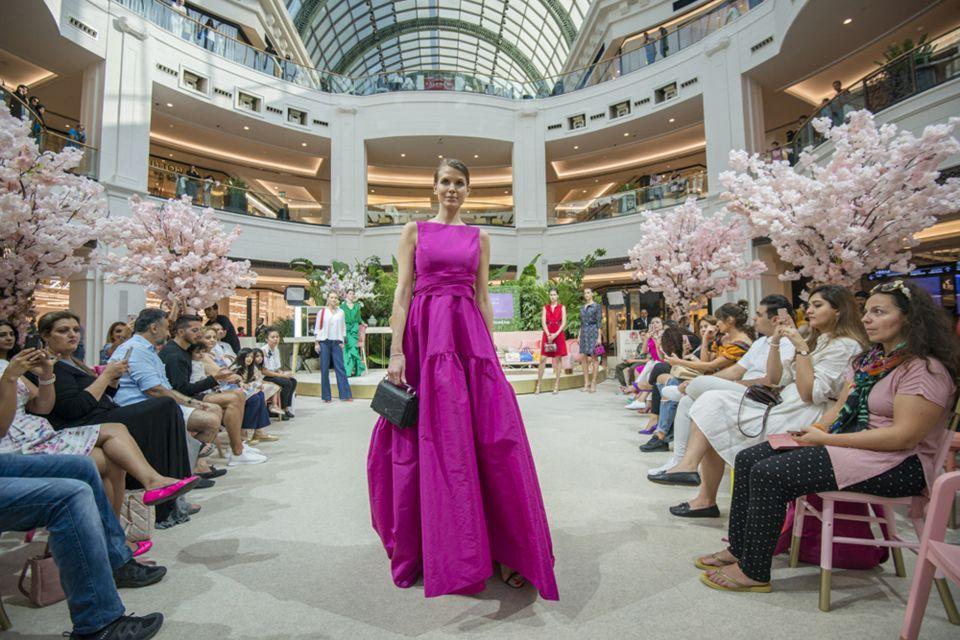مراكز تسوق في دبي تطرح تشكيلات موسم الربيع والصيف 2019