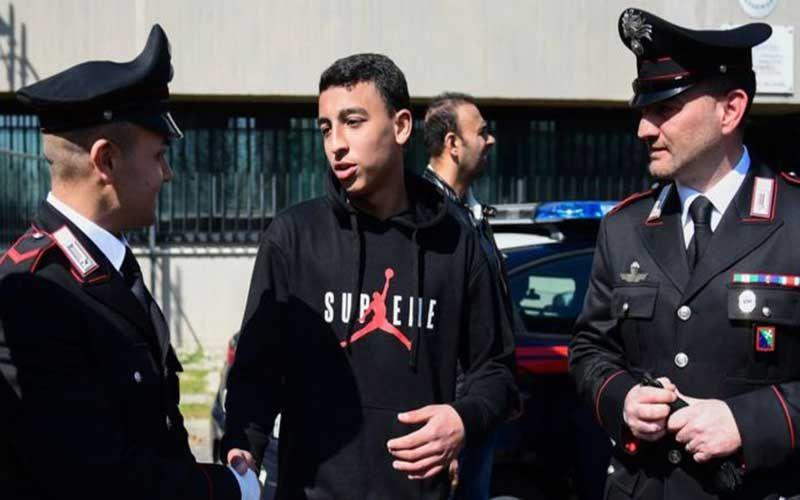 ماحكاية الفتى المصري البطل الذي أحبط مذبحة ضد تلاميذ مدرسة في إيطاليا؟