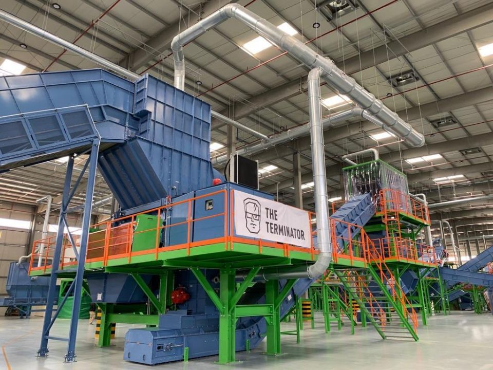 افتتاح أكبر منشأة لإعادة تدوير النفايات الإلكترونية في دبي