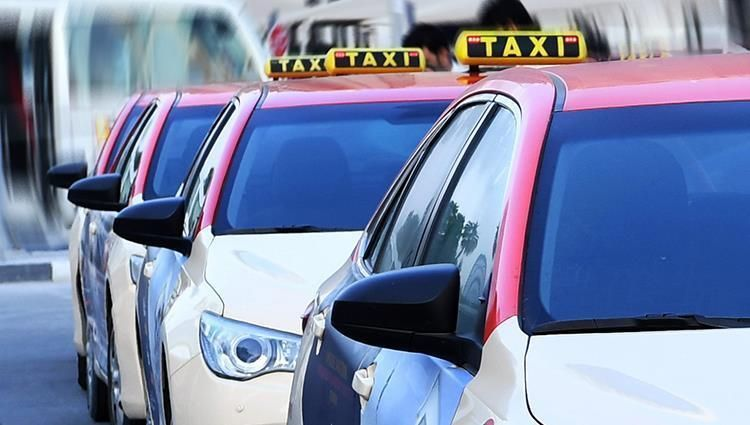 طرق دبي:  خدمات مركبات الأجرة لن تتأثر باستحواذ أوبر على كريم