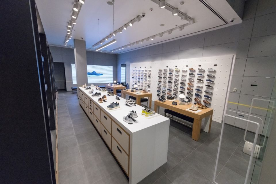 شاهد لقطات الفروع الجديدة لمتاجر كول هان