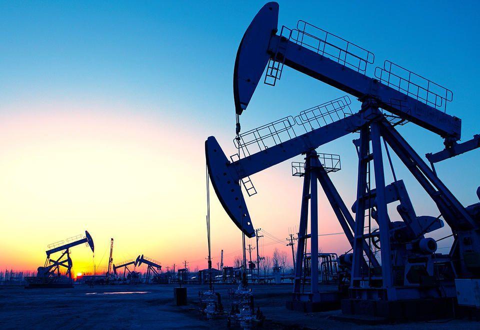 أسعار النفط تسجل أقوى أداء فصلي لها منذ 10 سنوات
