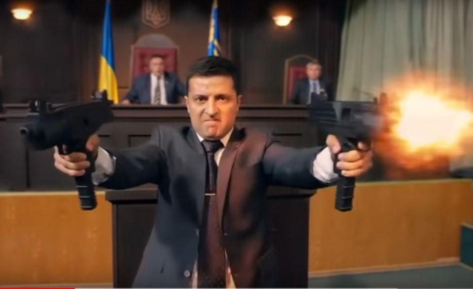 الفساد يمهد الطريق أمام وصول كوميدي لرئاسة أوكرانيا