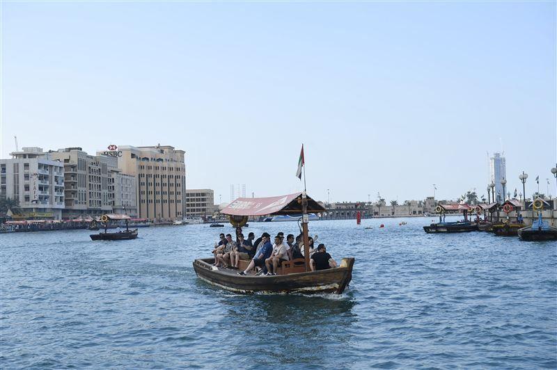 إعادة هيكلة خطوط النقل البحري في خور دبي
