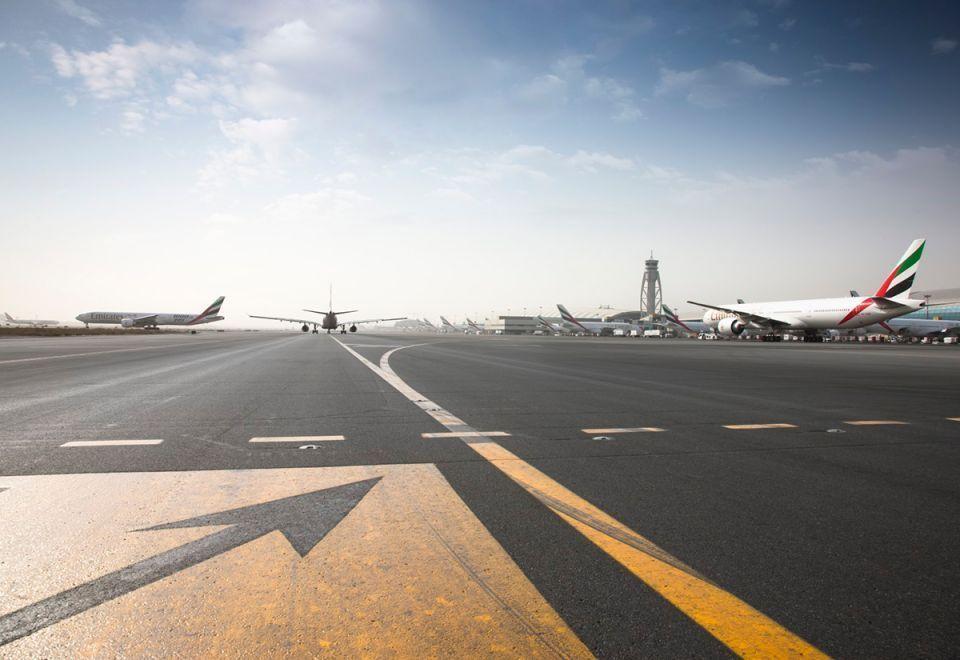 خطط لطيران الإمارات لضمان العمليات خلال صيانة المدرج الجنوبي