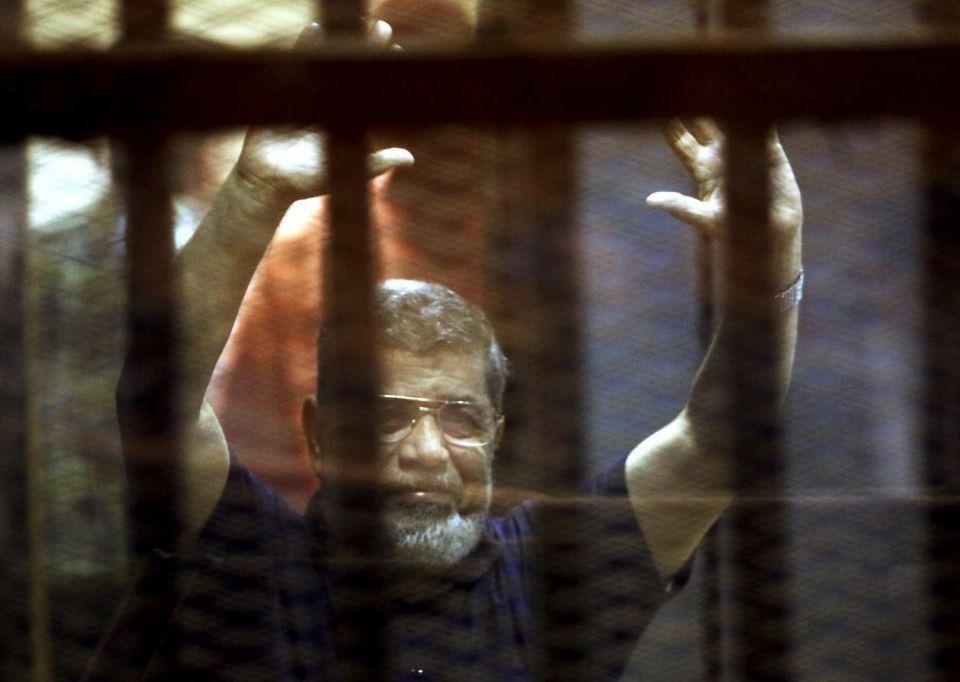 النيابة العامة المصرية: محمد مرسي عميل للحرس الثوري الإيراني