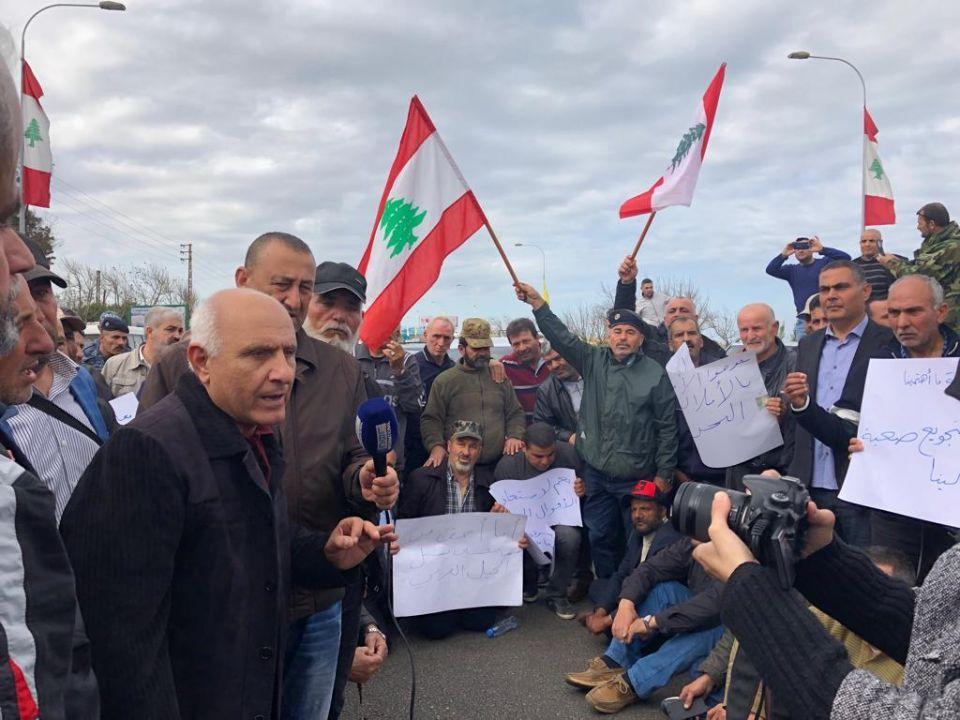 خفض الرواتب في لبنان قد يفجر ثورة اجتماعية