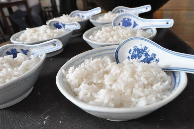 الإكثار من تناول الأرز قد يساعد في محاربة السمنة