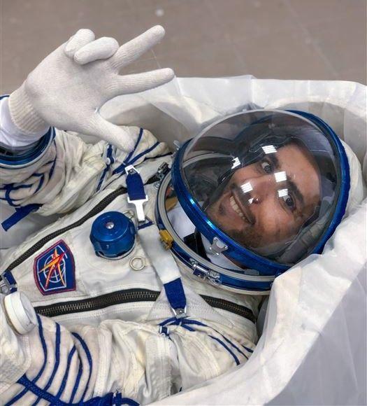 بالفيديو.. تصميم كرسيي مركبة الاطلاق سويوز أم أس لرائدي الفضاء الإماراتيين