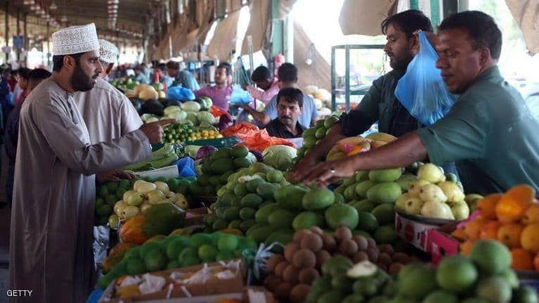 بالصور : أسواق رمضان تكتظ بالزوار
