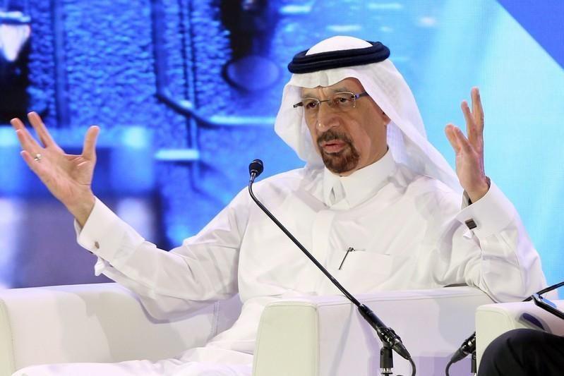 الفالح: ناقلتي نفط سعوديتين تعرضتا لهجوم قرب الإمارات
