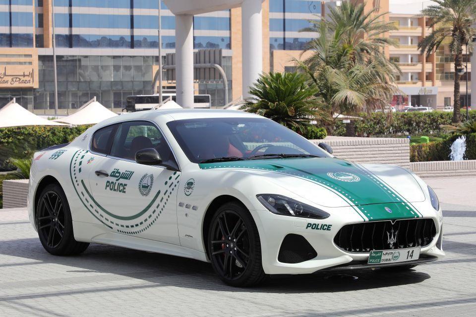 شاهد سيارة  مازيراتي جران توريزمو تنضم لأسطول دوريات شرطة دبي الفارهة