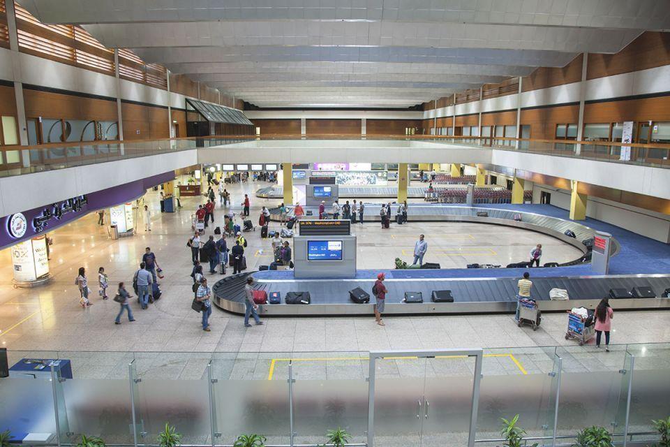 مطارات دبي تخضع الركاب القادمين على رحلات مباشرة من الصين لفحص حراري