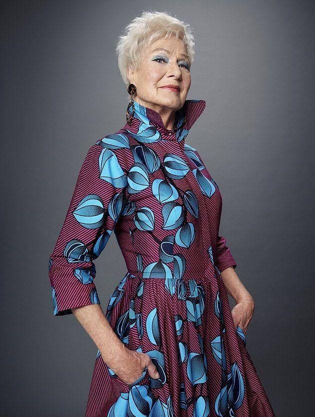 بالصور : بريطانية تتحول إلى عارضة أزياء في الثمانين من عمرها