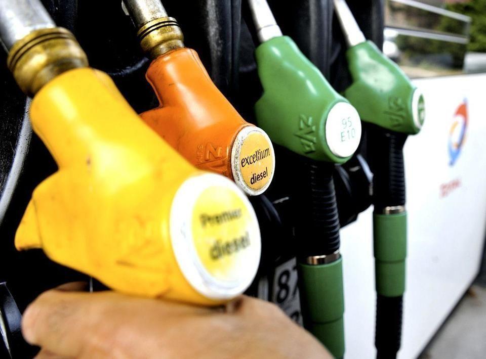 أسعار الوقود بالإمارات تواصل إرتفاعها خلال شهر يونيو المقبل