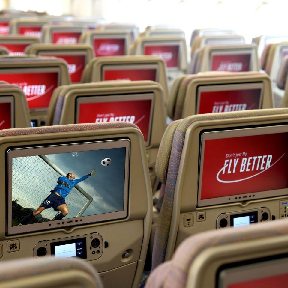 طيران الإمارات: التباعد الاجتماعي داخل الطائرة غير واقعي ولا يساعد العودة للوضع الطبيعي