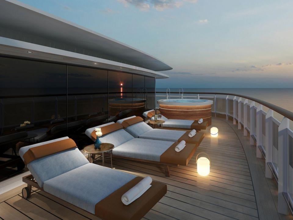 بالصور : أكبر جناح سفينة سياحية فاخرة في العالم
