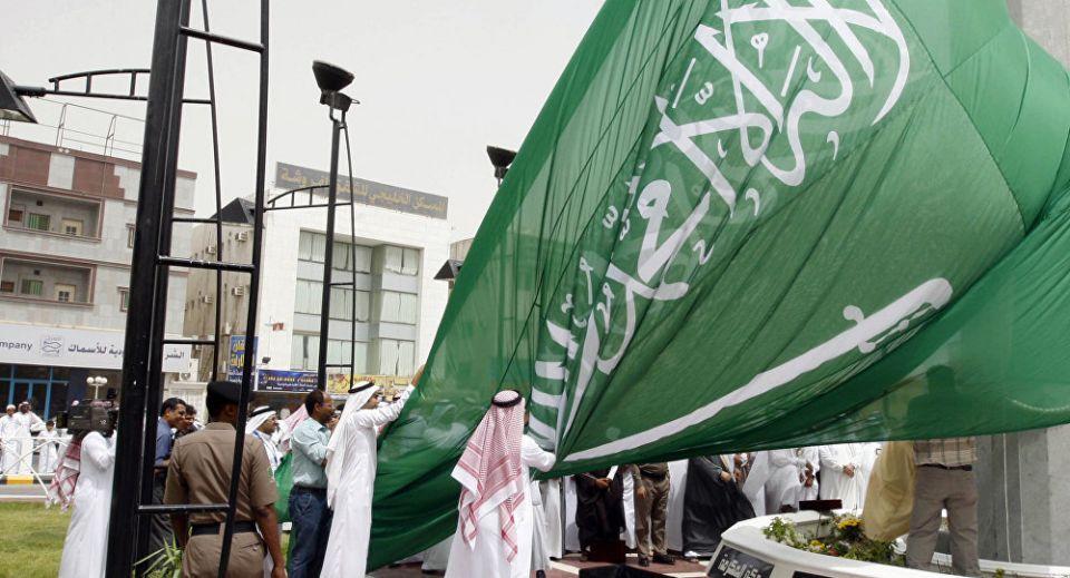السعودية تعلن وفاة الأمير محمد بن متعب بن عبدالله آل سعود