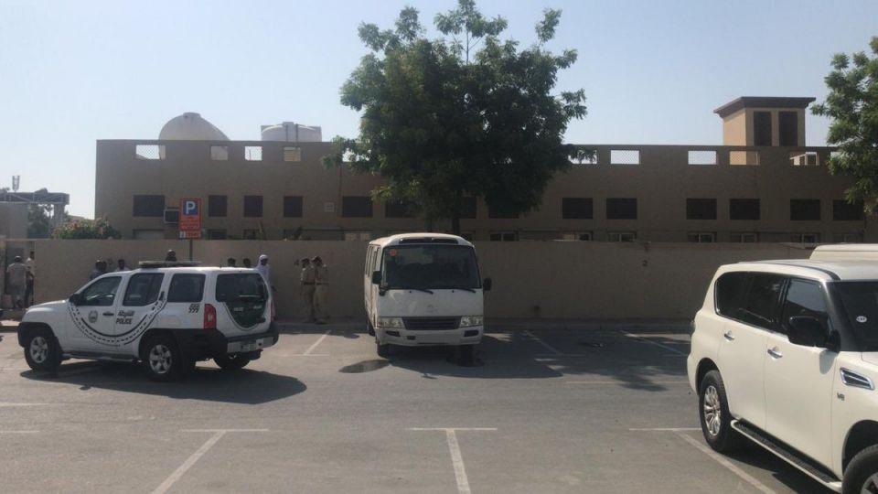 وفاة طفل بعد نسيانه في حافلة تابعة لمركز تحفيظ القرآن بدبي
