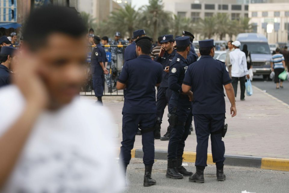 مشاجرة نسائية إثر تحرش فتيات برجل أمام زوجته الكويتية