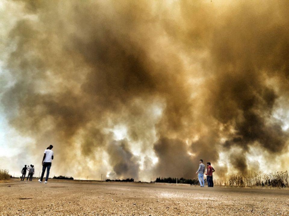 من وراء حرق المحاصيل الزراعية في سوريا؟