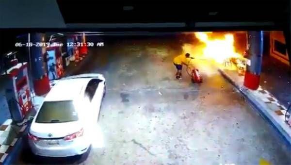 فيديو: سعودي شجاع يمنع انفجار محطة بنزين في ينبع