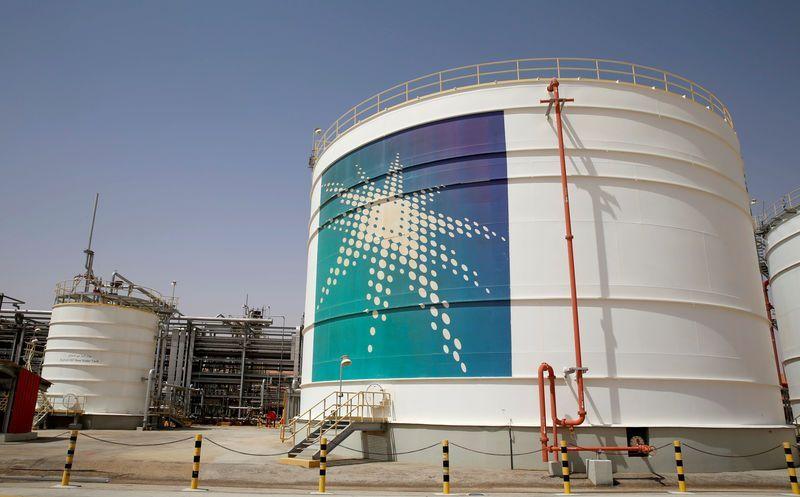 واشنطن تشعر برضا بالغ لضمان السعودية إمداد سوق النفط