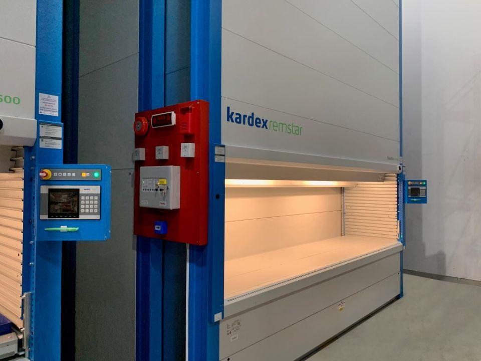 طرق دبي تطلق نظام تخزين ذكي لقطع غيار المترو والحافلات العامة