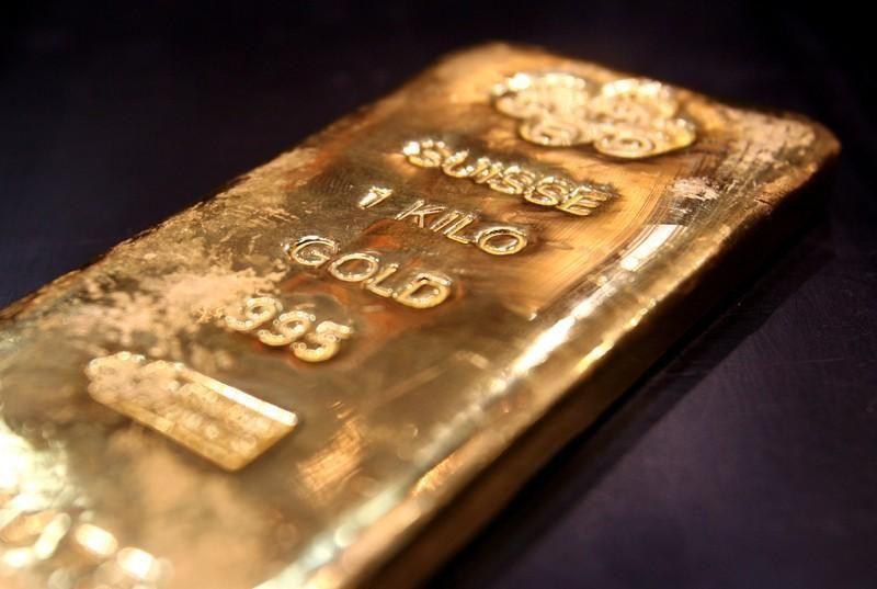 الذهب يقفز إلى 1403 دولار، أعلى مستوى في 6 أعوام