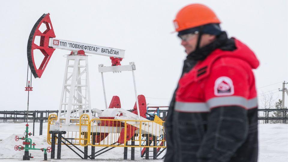 روسيا تسابق السعودية وتصبح أكبر موردي النفط إلى الصين