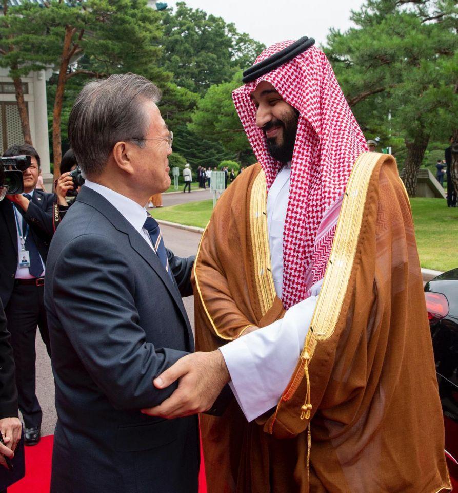 ولي العهد السعودي يفتتح توسعة مصفاة في كوريا بـ 16 مليار ريال
