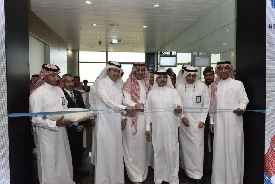 مطار خليج نيوم السعودي يشهد انطلاق أولى رحلاته التجارية