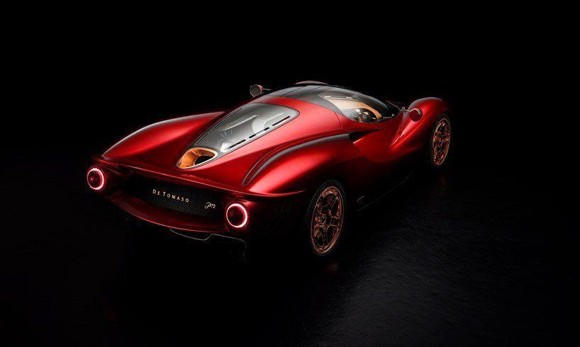 بالصور : سيارة P72 الفخمة من دي توماسو