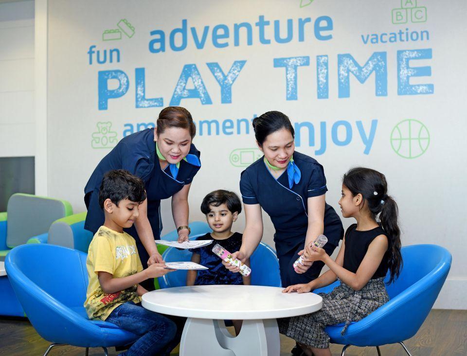 دناتا تفتتح صالة للمسافرين الصغار في مطار دبي الدولي